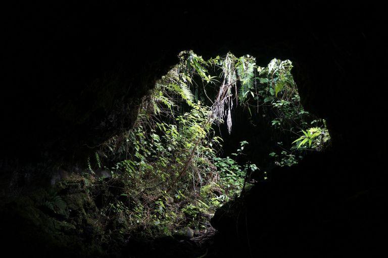 Citron Galet tunnel de lave ile de la reunion 974 spéléo rando-volcan (3)